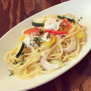 白身魚と夏野菜のアーリオオーリオ(イタリア食堂 Ciao!! (チャオ))