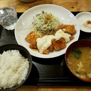 チキン南蛮定食(大衆食堂あらたま)