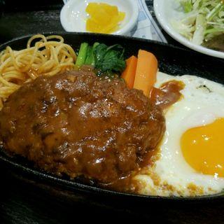 ハンバーグ定食(衣笠 (定食レストラン))
