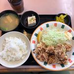 唐揚げ定食(なかよし )