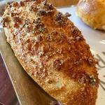 自家製ドライカレーの焼きカレーパン