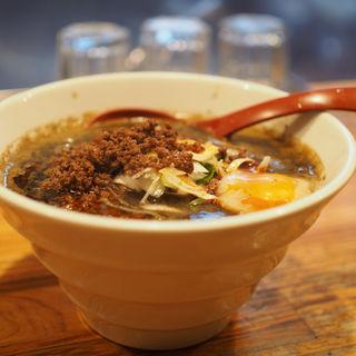 黒胡麻担々麺(しゅんのすけ )
