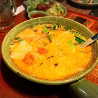 スパイシーチキンスープ(Ban Thai )