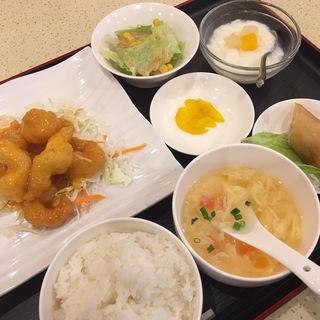 日替わりランチ 海老マヨ定食(銀杏 四川料理)