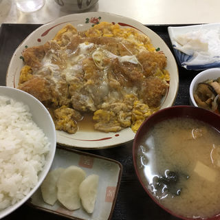 カツとじ定食(旬鮮厨房三浦や )