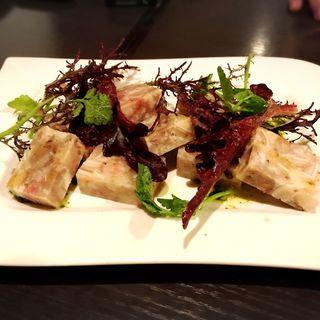 豚足・豚耳・豚舌・豚ホホ肉のソプレッサート(イーターブル (eatable))