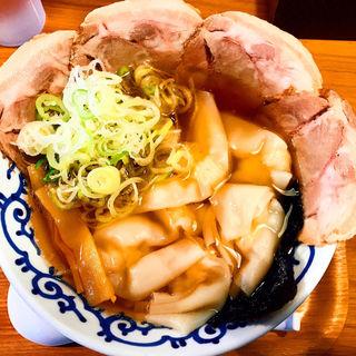 ワンタンチャーシュー麺(支那そば 月や 薬院店)