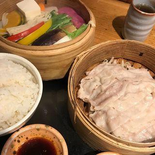 上州豚と10種類の野菜のせいろ蒸し定食