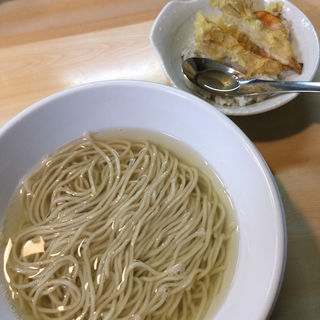 オリーブイリコの中華そば(ガチ麺道場 )