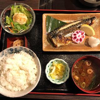 塩鯖定食(魚河岸料理 うおぎん )