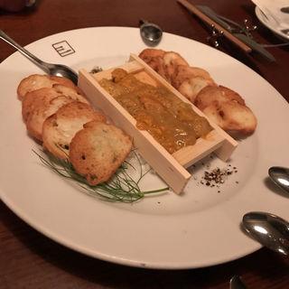 生ウニのガーリックトースト(ビストロ シロ)