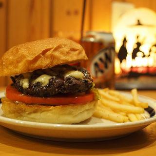 ゴンゴンゾーラハニーバーガー(The Burgerlion-バーガリオン)