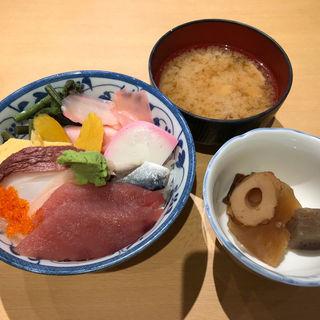 海鮮丼(扇寿司 中央口店 )