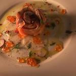 燻製した魚介たっぷりのアクアパッツァ
