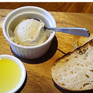 自家製パン トッピングジェラート(GELATO NATURALE(ジェラート ナトゥラーレ))