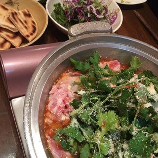 パクチーズ鍋(亜鹿猪~珍 (あかちょう~ちん))
