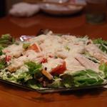 地鶏とトマトのシーザーサラダ