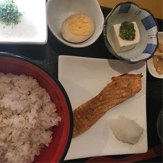麦飯とハラス(璃珠)