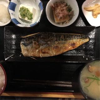 鯖の塩焼き定食(璃珠)