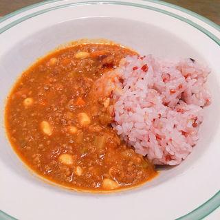 大豆とひき肉のキーマカレー(びぃぼ )