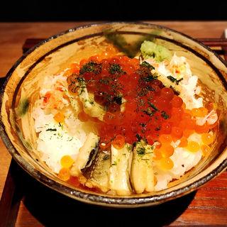 蟹といくらの蒸し寿司(酒家の元)