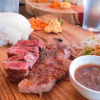 むなかた牛ステーキ サーロイン(ど鉄板アトリエ テッパン)