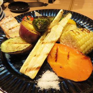 焼き野菜の盛り合わせ(ユルイヤ)