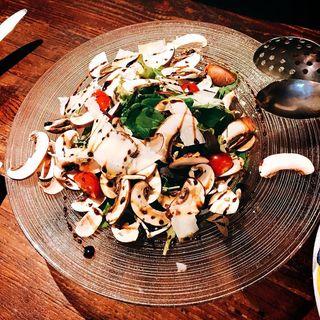 ブラウンマッシュルームのサラダ バルサミコ(チェント アンニ ギンザ (CENTO ANNI GINZA))