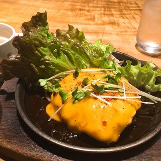 チーズハンバーグ(ワインちゃん 瓦・町・路・地 )