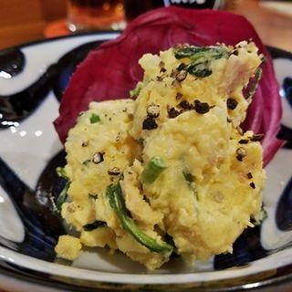 クレソンとベーコンのポテトサラダ(メンチケン )