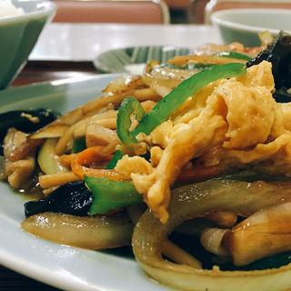 キクラゲ玉子炒め定食(中華そば たみや)