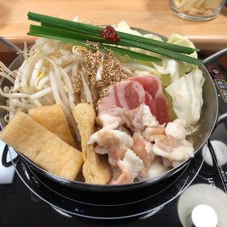国産黒毛和牛使用・牛ホルモン鍋(播州ホルモン鍋 ほんまる)
