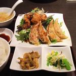 油淋鶏と餃子セット