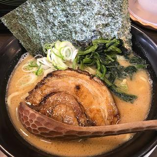 魚介醤油らーめん(日の出らーめん 横浜桜木町本店 (ヒノデラーメン))