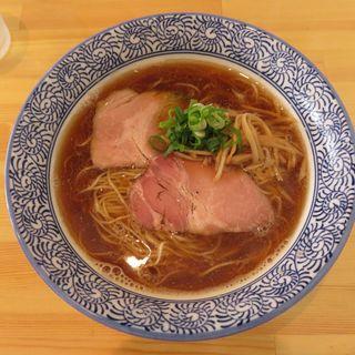 醤油らぁ麺(らぁ麺屋 はりねずみ)