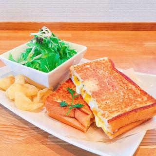 ホットサンドセット(UMEMIDAI COFFEE & Roaster (ウメミダイ コーヒー アンド ロースター))