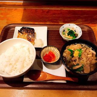 肉吸い定食(わっぱ定食堂)