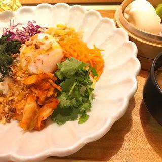 彩食和え飯 ビビンパ風(サナギ)