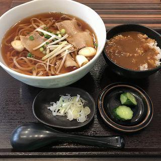 肉うどんセット(カレー丼)(山膳 )