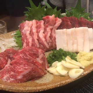 極上馬刺盛り(2人前)(けとばし屋チャンピオン 三宮店)