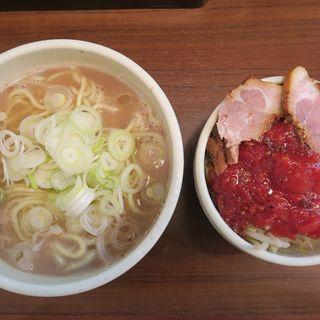 らーめん+トマベジ(麺処 一笑 (メンドコロ イッショウ))