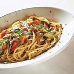 イタリア産マグロのカラスミとミニトマトのスパゲットーニ