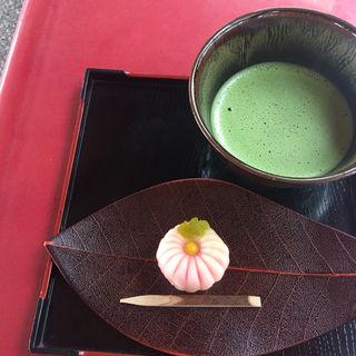 上生菓子 (抹茶付き)(阿吽 (アウン))
