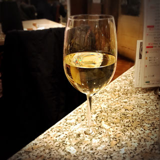 グラスワイン(白)(イル・ペンティート )