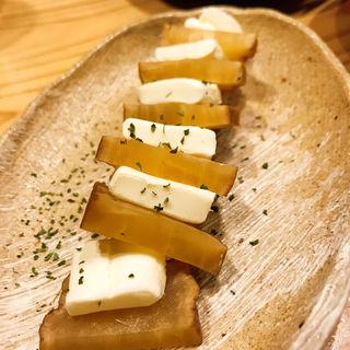いぶりがっこチーズ(博多天ぷら ながおか)