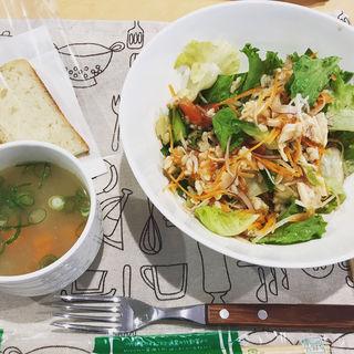 ローストチキンサラダセット(サラダカフェ HIRATA)