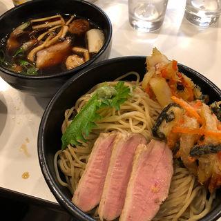 鴨蒸籠風つけ麺(ラーメン哲史 (ラーメンテツシ))