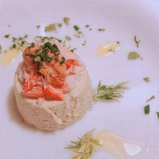 空豆のムース、蟹とウニのせ(ラ ランテルナ ディ ジェノバ (LA LANTERNA di Genova))