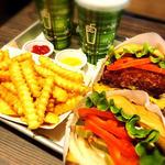 Shack burger (野菜追加トッピング)