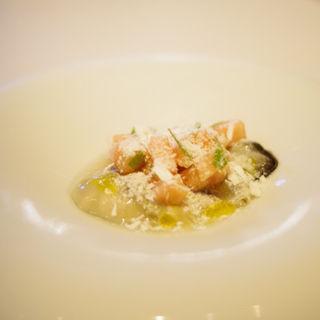 桃と岩牡蠣のマリネ、ミントの香り(Nico (ニコ))